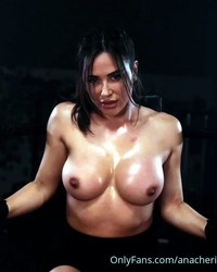 axw2rzbax9dw - Celebrity Naked or Oops - 1 to 4 Pics Only